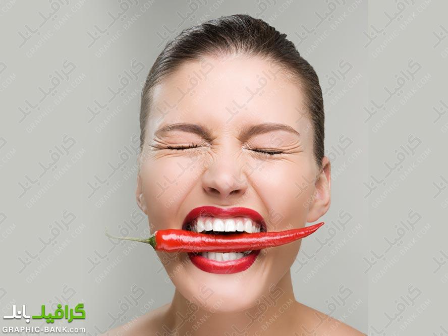 خوردن فلفل قرمز تند